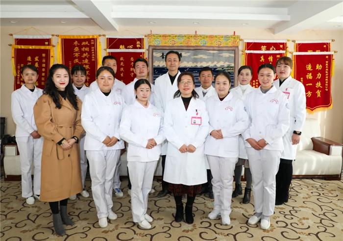 藏康医院中层结束学习归际畅言:带走阜康医院技术和经验,服务西藏百姓健康